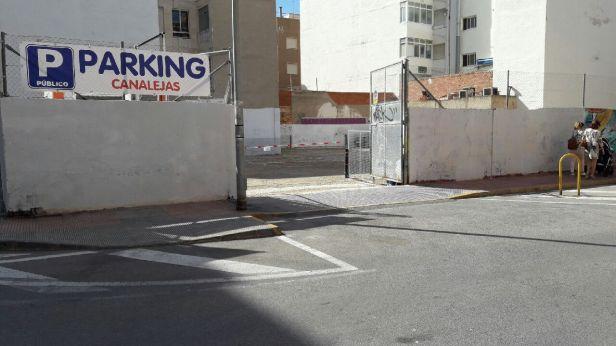 parking Canalejas Santa Pola